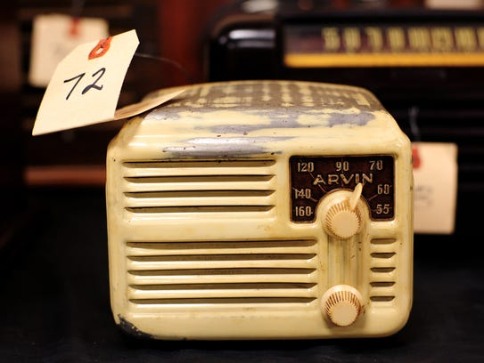 An Arvin 444 radio at the Oregon Electric Railway Museum at Antique Powerland.
