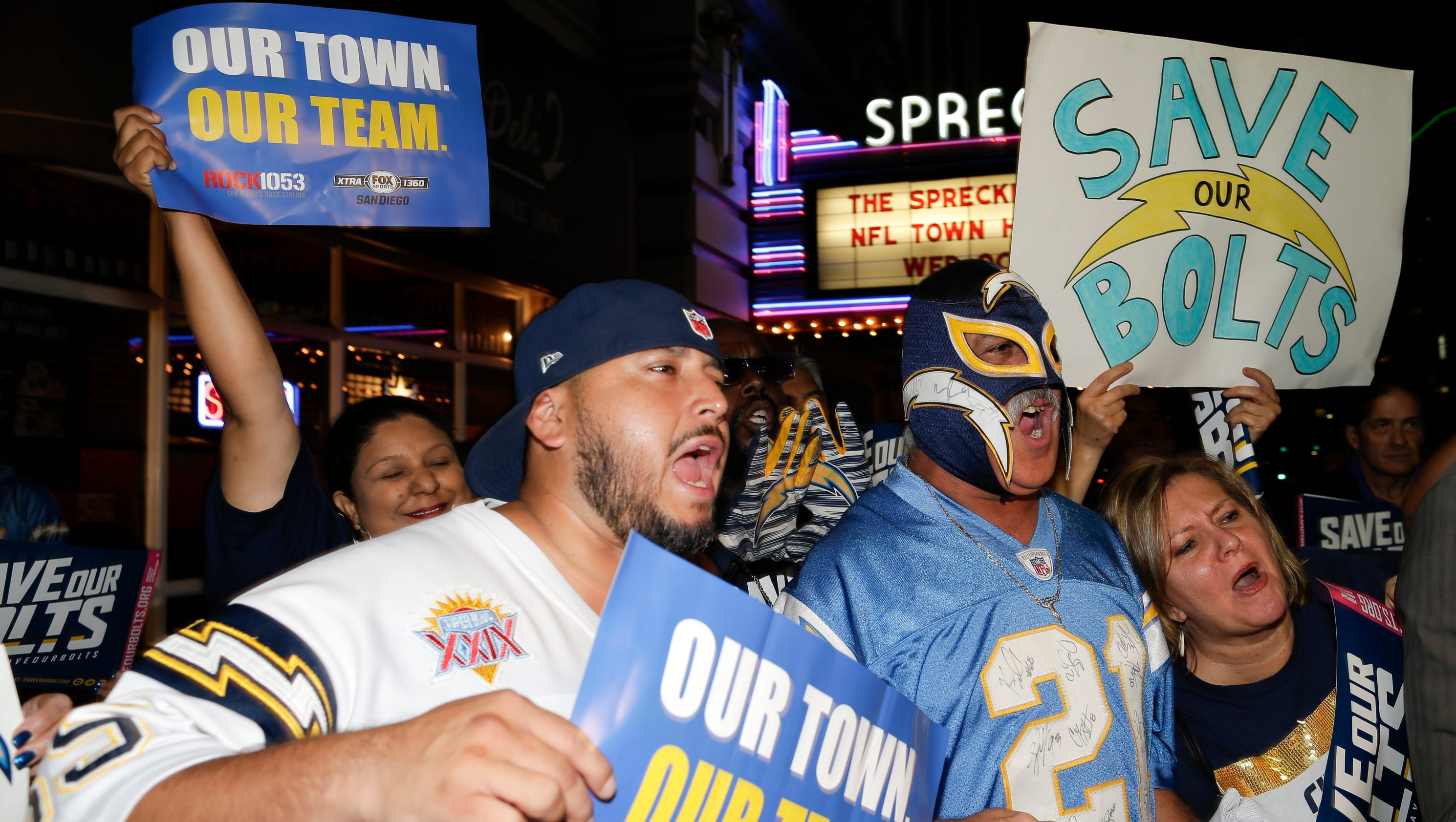 Chargers Fans Voice Displeasure With Team S Possible Move