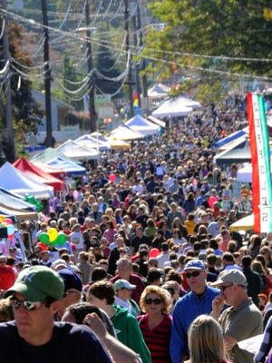 For much of its 22 years, the Autumn Lights Festival has filled Union Valley Road with huge crowds. This annual celebration of West Milford features live music, contests, performances, and vendors lining both sides of the entire street.