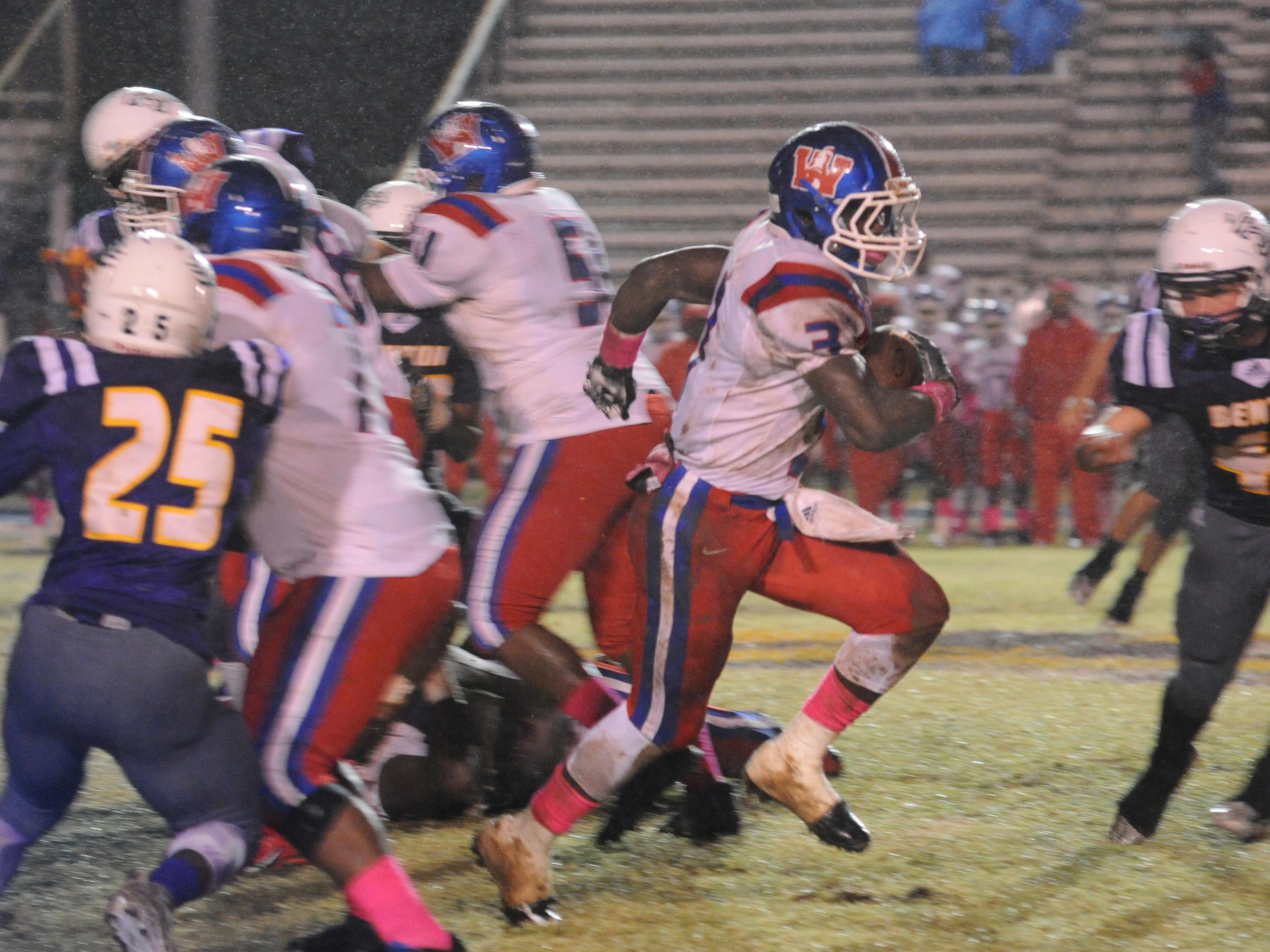 Woodlawn's Trivensky Mosley returns to the Knights after leading the city in rushing last season.