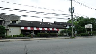 Clifton's governing body unanimously voted down a steakhouse's entertainment application that would have permitted a disc jockey until 1 a.m. Wednesdays.