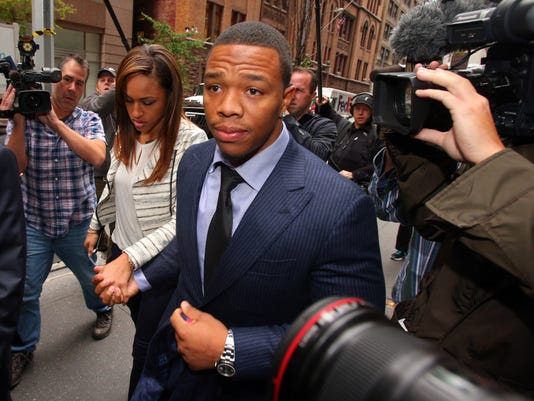 Ray Rice apologizes to Baltimore Ravens fans in a statement