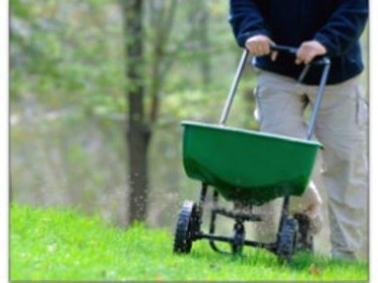636108400871372244-Lawn-seed-spreader.jpg