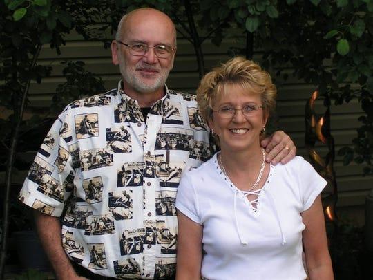 Lorenz and Bonnie Starfeldt