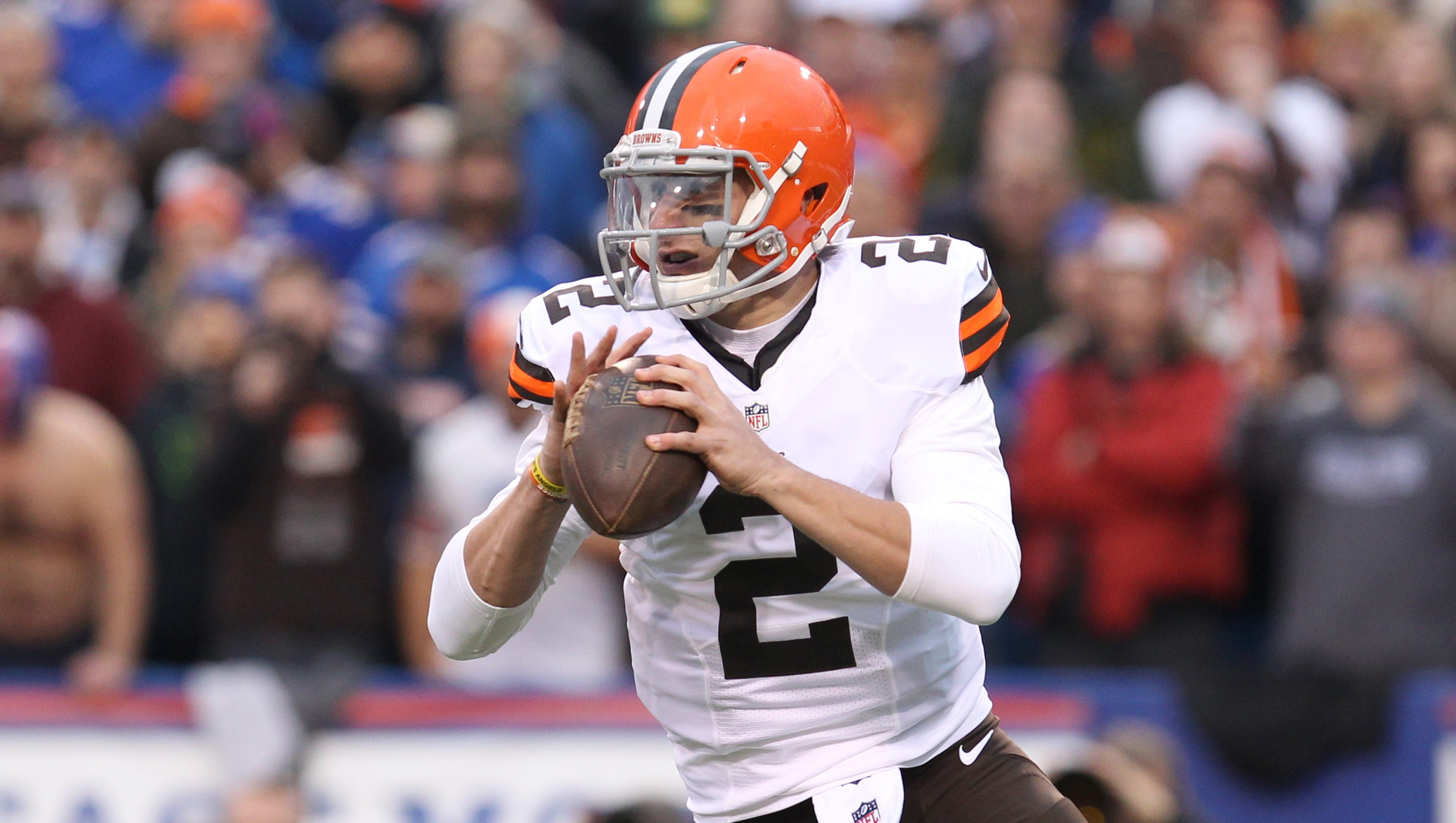 johnny manziel or brian hoyer who should start for the