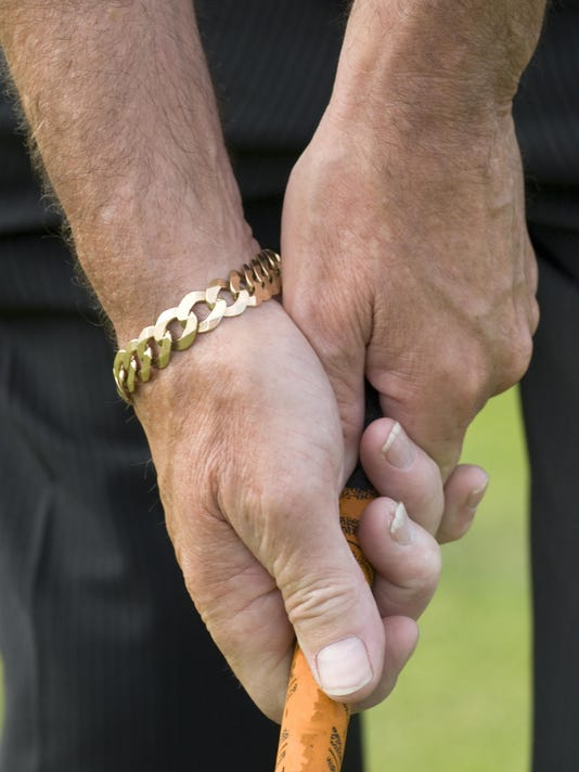Gripping a golf club