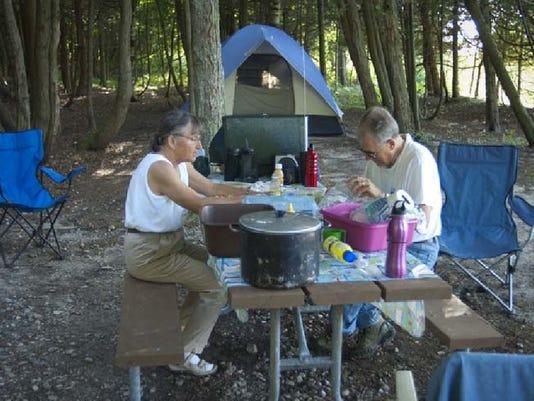 -LSJBrd_05-23-2013_LSJ_1_C001~~2013~05~22~IMG_Camping_couple.jpg_1_1_OP4739T.jpg