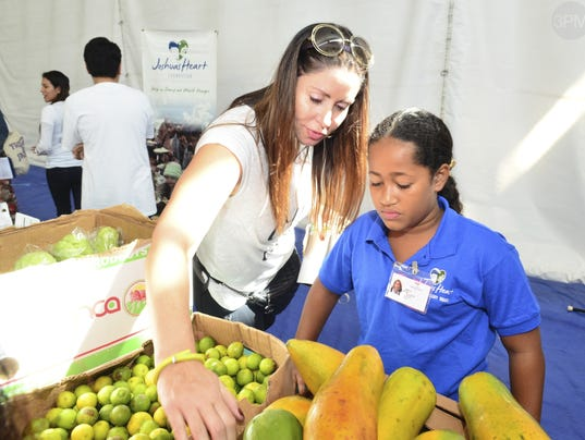Make A Difference Day Awards: Miami teen tackles hunger