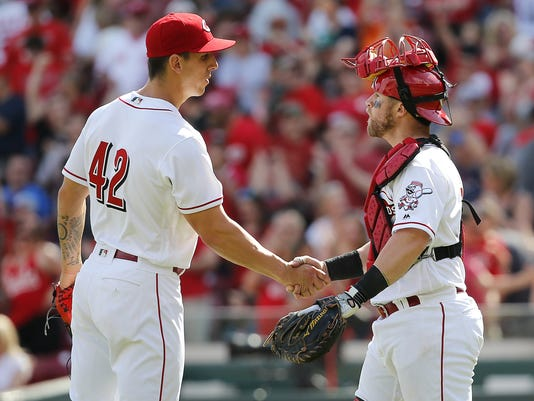 041517_BREWERS_REDS_1403