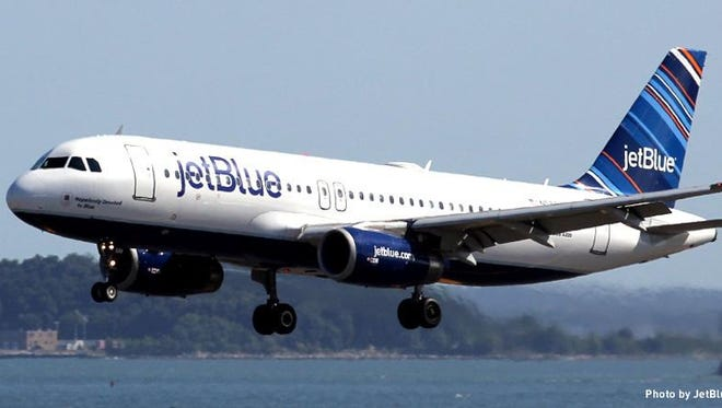 A JetBlue airliner