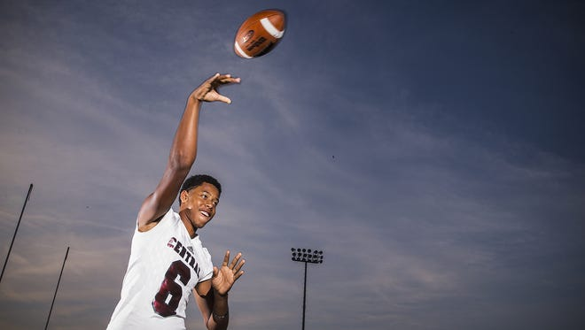 Lawrence Central's Donyell Meredith has led the Bears to an early 4-0 record.