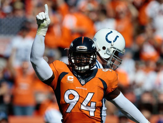 Broncos defense delivers with big plays on Andrew Luck, Colts