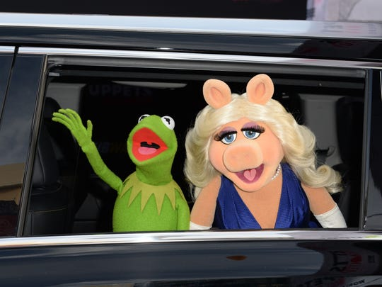 Kermit the Frog and Miss Piggy in March 2014.