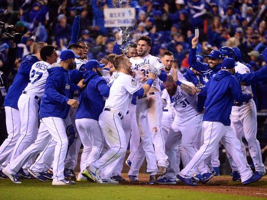 USP MLB: WORLD SERIES-NEW YORK METS AT KANSAS CITY S BBO USA MO