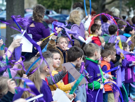 Mercersburg Elementary School students cheer in anticipation