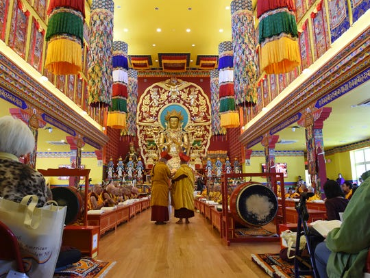 The opening of a teaching service at the Kagyu Thubten