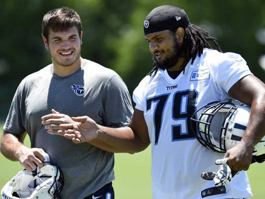 Tennessee Titans tackle Jack Conklin, left, and guard