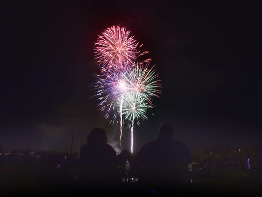 Moorpark-Independence-Day-1b.jpg