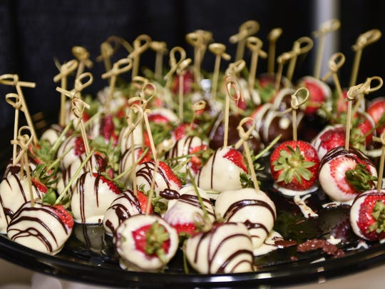 Wedding treats are available for sample during Bridal