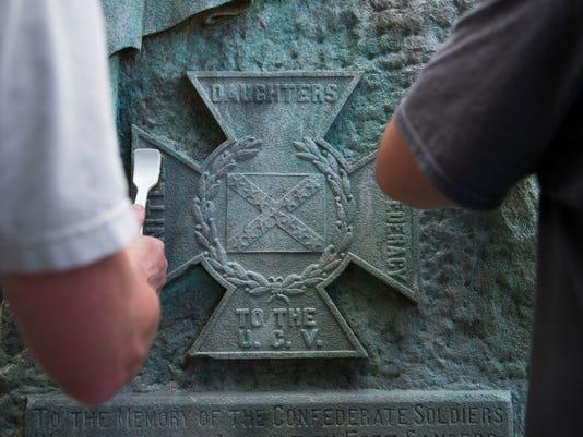 Monument0818-0009.jpg