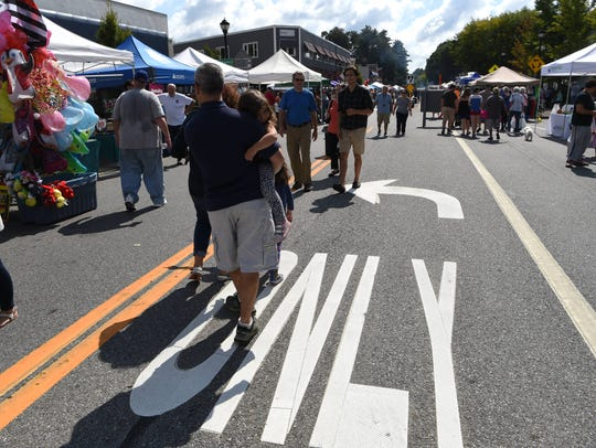 A view of the 18th Annual Arlington Street Fair on