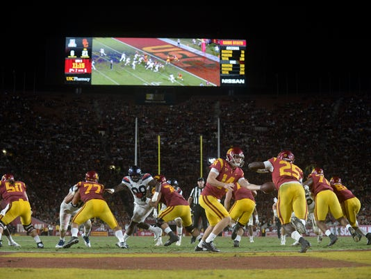 NCAA Football: Arizona at Southern California