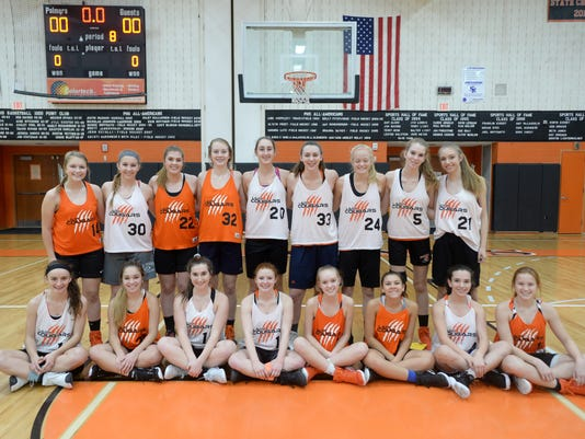 LDN-MKD-112917-Palmyra girls basketball team photo