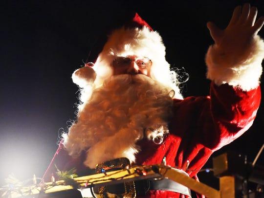 Scenes from the 2017 Waynesboro Christmas Parade on