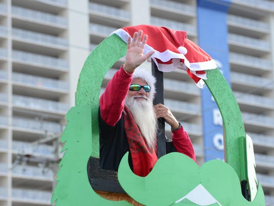 636478223687488517-20171202-MR-OCChristmasParade-13.jpg