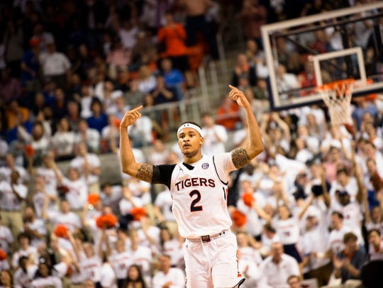 Auburn Tigers guard Bryce Brown (2) celebrates after