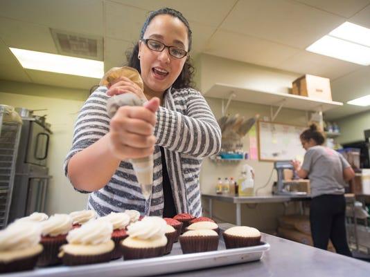 FTC423-ButterCreamCupcakery