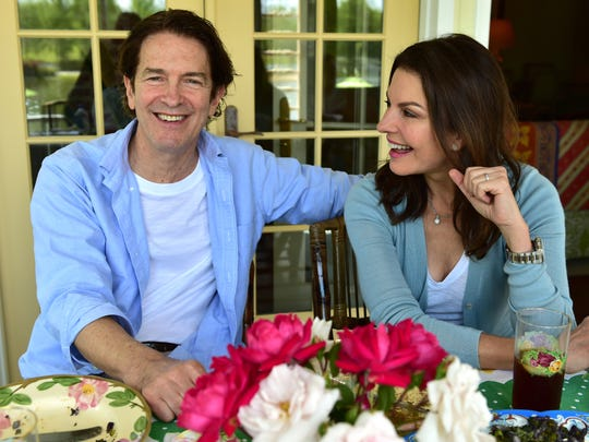 Actress Sela Ward and her husband, former U.S. Senate candidate Howard Sherman, will serve as campaign co-chairs for presidential candidate Mike Bloomberg in Mississippi.