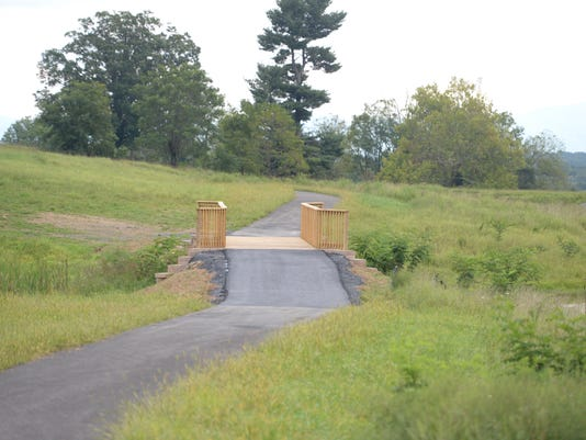 636725993677456808-trails1.jpg