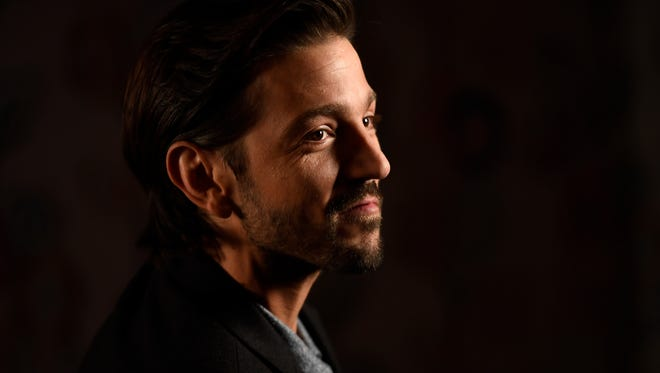 'Rogue One' and 'Flatliners' star Diego Luna is aiding victims of the Mexico City earthquake.