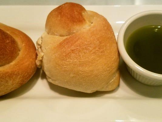 Byron-s-bread-knots--susan.jpg
