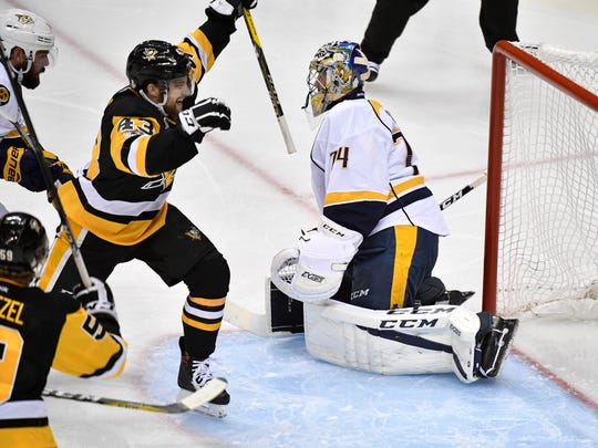 Pittsburgh Penguins left wing Conor Sheary (43) celebrates
