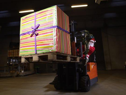 This year, Santa might use Asana, a handy project management