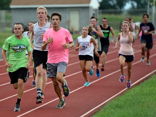 Shippensburg cross country runners get some track time