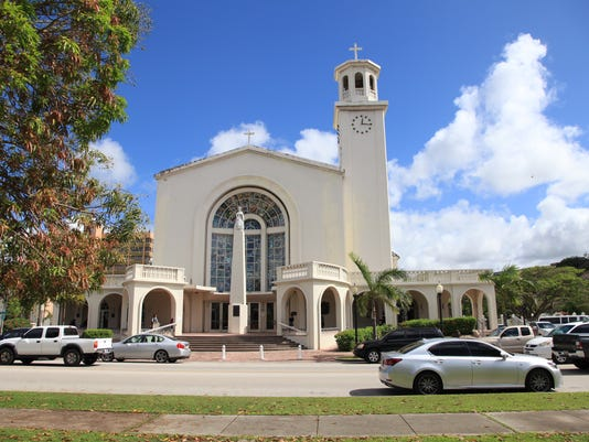 635782137456111814-Agana-Cathedral-02