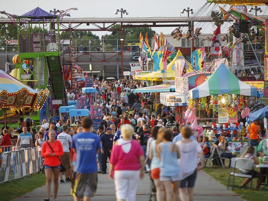 Crowds at the 2014 Delaware County Fair.