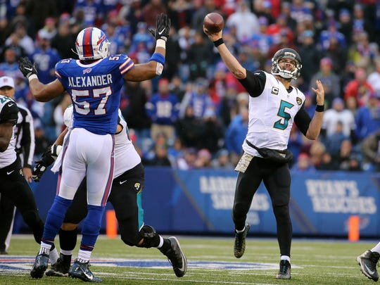 There's a chance the Bills might be able to re-sign leading sacker Lorenzo Alexander.