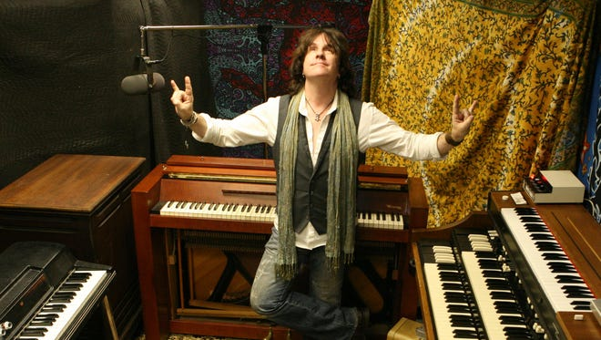 """Pianist Bob Malone, whose style is heavily influenced by New Orleans R&B, recently released his eighth CD, """"Mojo Deluxe."""" The Jefferson Township native will play his own compositions, as well as select covers, at the Minstrel at the Morristown Unitarian Fellowship tonight."""