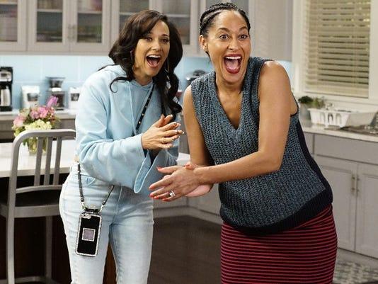 Q A Rashida Jones Goes Real Housewives For Black Ish Guest Spot