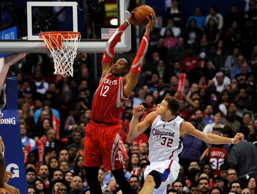 Feb 26 2014 dwight howard 12 beat blake griffin 32 for an alley