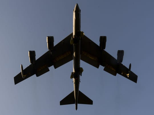 Stratofortress prepares to land at Barksdale Air Force