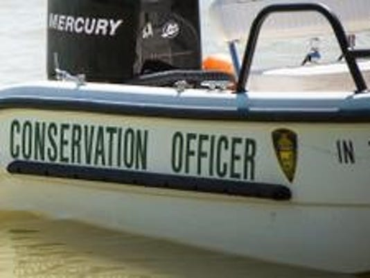 636672663909184128-conservation-officer-boat.jpg