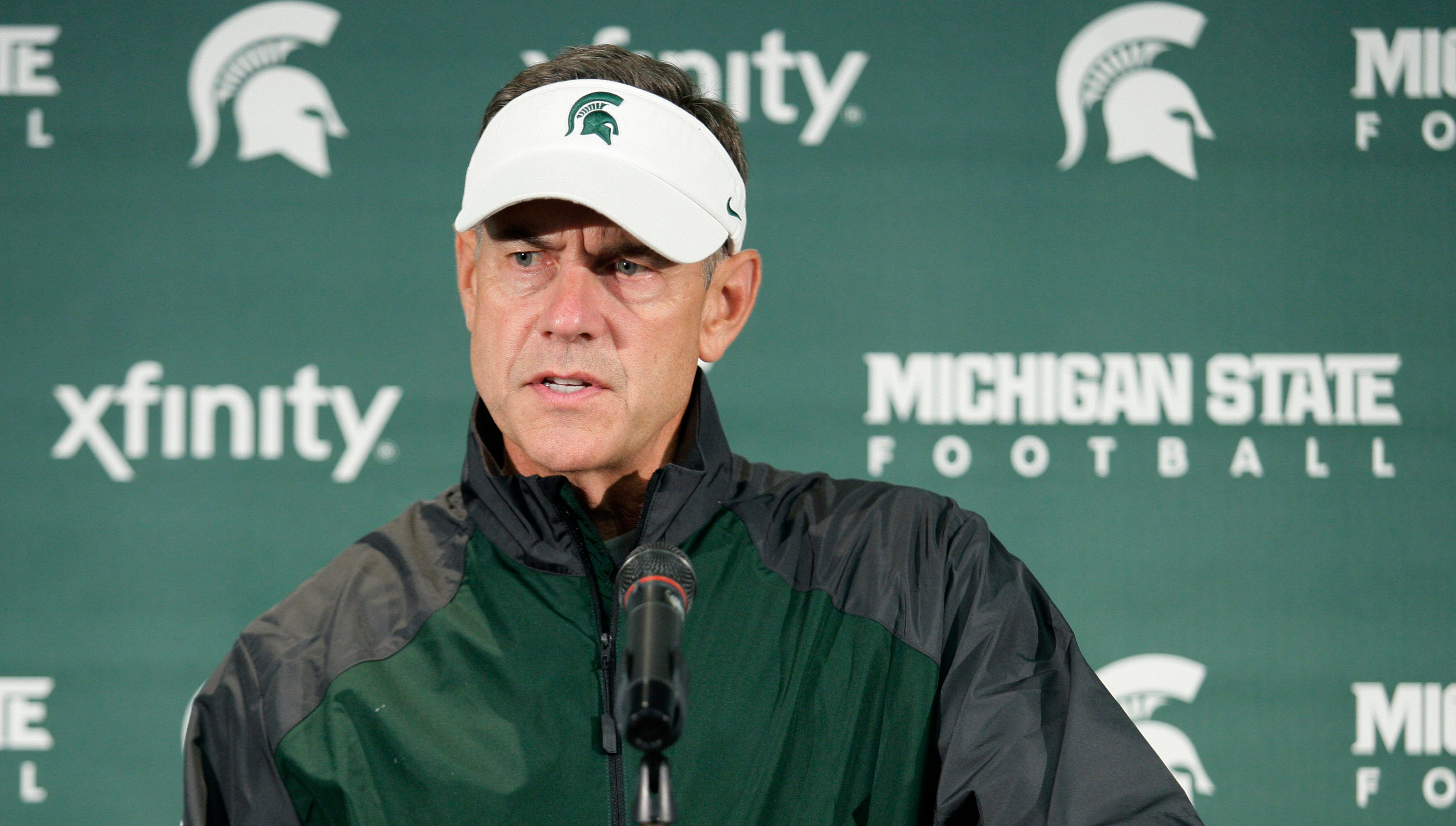 27. Michigan State: The Spartans continue to house one of the nation's best defenses, a group more than good enough to lift this team to the Rose Bowl. To rebound from last season's disappointing seven-win finish, Michigan State must land more production from quarterback Andrew Maxwell and a stable of four or five backs battling to replace Le'Veon Bell.