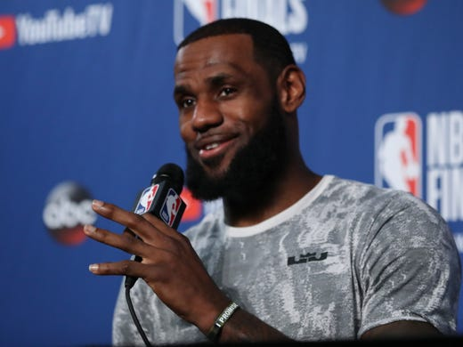 LeBron James has agreed to a four-year deal with the