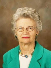 Leanna Brown, a Chatham resident who was the first Republican woman elected to the New Jersey Senate, died on Thursday.