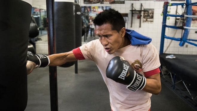 """Francisco """"El Bandido"""" Vargas (23-1-2, 17 KOs) trains at the Indio Boys and Girls Club under the direction of Joel Diaz. Vargas will face Stephen Smith (25-3, 15 KOs) of England in Las Vegas on December 9, 2017."""